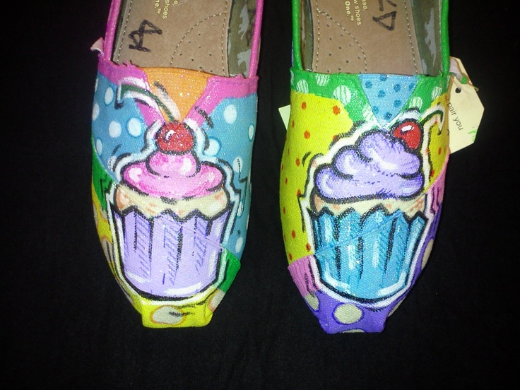 Price includes shoes. Cupcake  hand painted TOMS. $100.00, via Etsy.