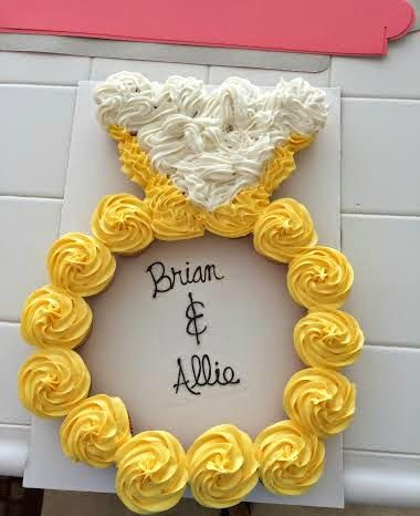 21 Pull Apart Cupcake Cake Ideas Engagement Ring | Pretty My Party