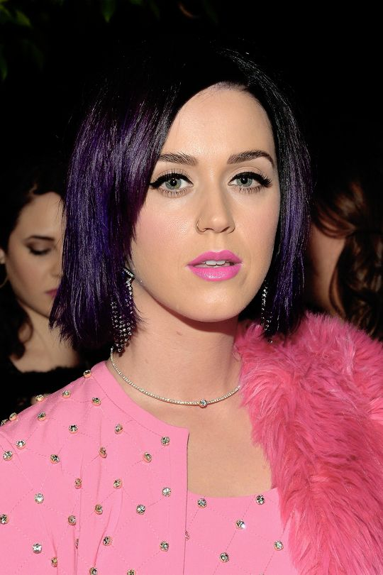 Katy Perry (born Katheryn Elizabeth Hudson on October 25, ) is an American electropop singer-songwriter. She has released five studio albums and two EPs. In , she released a Christian album named after herself, Katy Hudson.