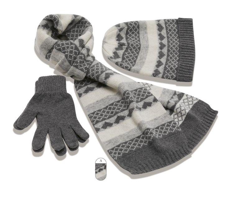 Шапка,шарф,перчатки. Продам мужской набор. Распродажа