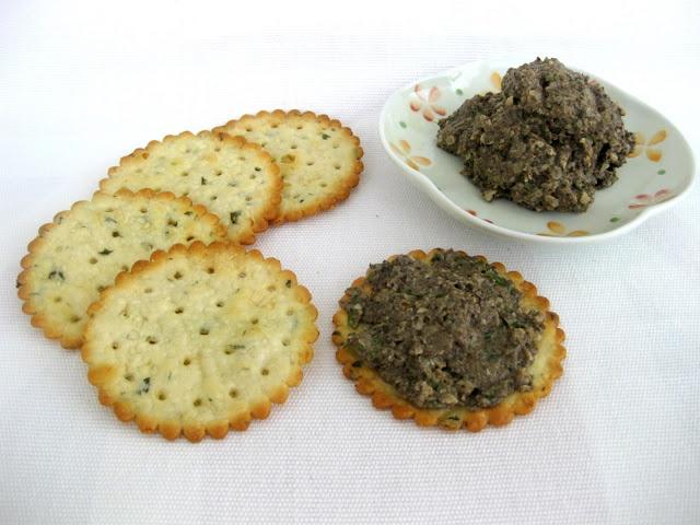 Paté vegano de champiñones y avellanas