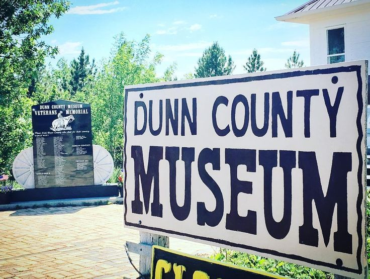 What a gem!!! More information coming soon ! #dunncenter #dunncounty #badlandsnd #badlands #grasslands #beautifulbadlandsnd #museum #history #heritage #pioneers #settlers #farmers #ranches #immgrants #farmequipment  #machinery #farmhouse #logcabin  http://ift.tt/2n6XlZF
