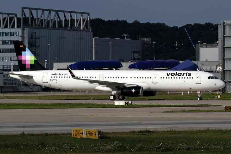 Airbus A321-231, Volaris, XA-VLW, cn 7335, 220 passengers, first flight 21.9.2016, Volaris delivered 1.10.2016. Active, for example 1.10.2016 flight Bangor - Mexico City. Foto: 19.9.2016.