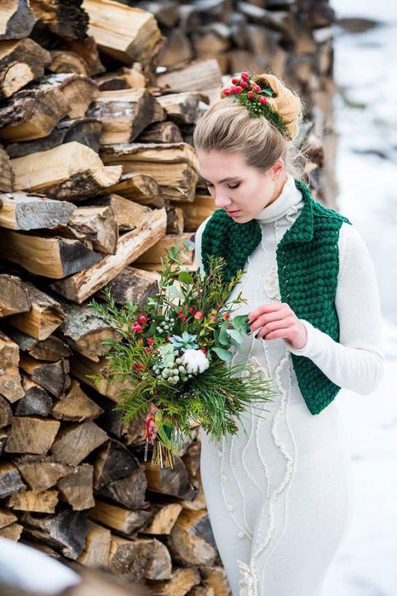 Knit vest women green wool waistcoat winter by SvetlanaRogal