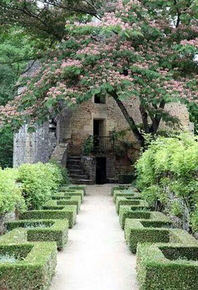Chateaux de Losse, France