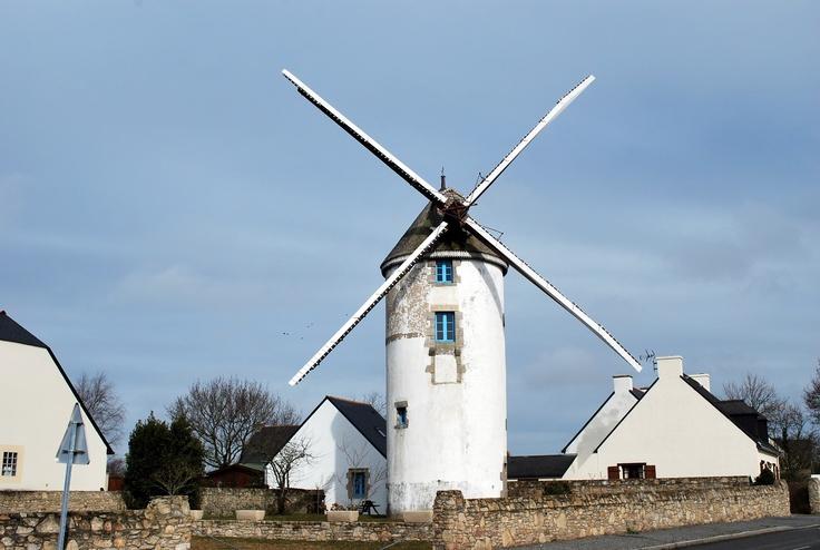 Le moulin de La Turballe BRITTANY -FRANCE OUEST