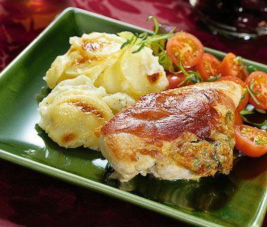 Getostfylld kycklingfilé med potatisgratäng