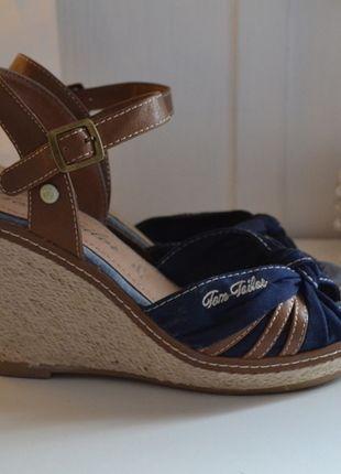 Kaufe meinen Artikel bei #Kleiderkreisel http://www.kleiderkreisel.de/damenschuhe/wedges/124939968-tom-tailor-wedges