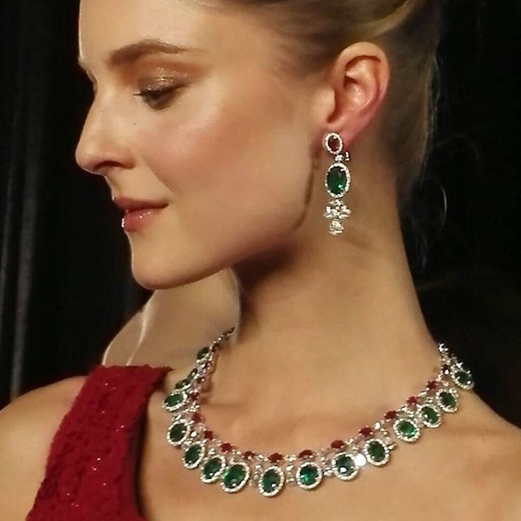 """""""On the catwalk at the Hong Kong Jewellery Show, a #highjewellery suite of emeralds, rubies and diamonds by #Butani #ButaniJewellery #Jewellery #Exhibition…"""""""