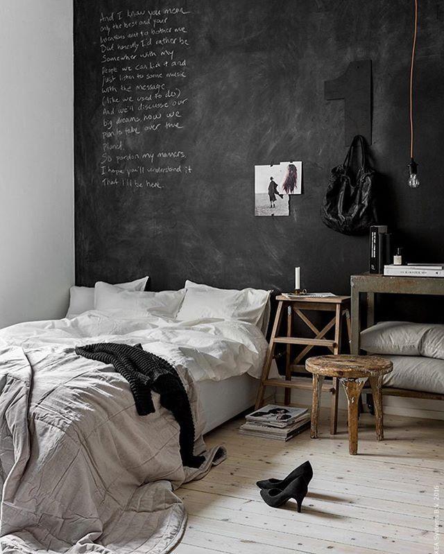 To Hang Whitish Stuff On The Black Wall Kinda Matching The