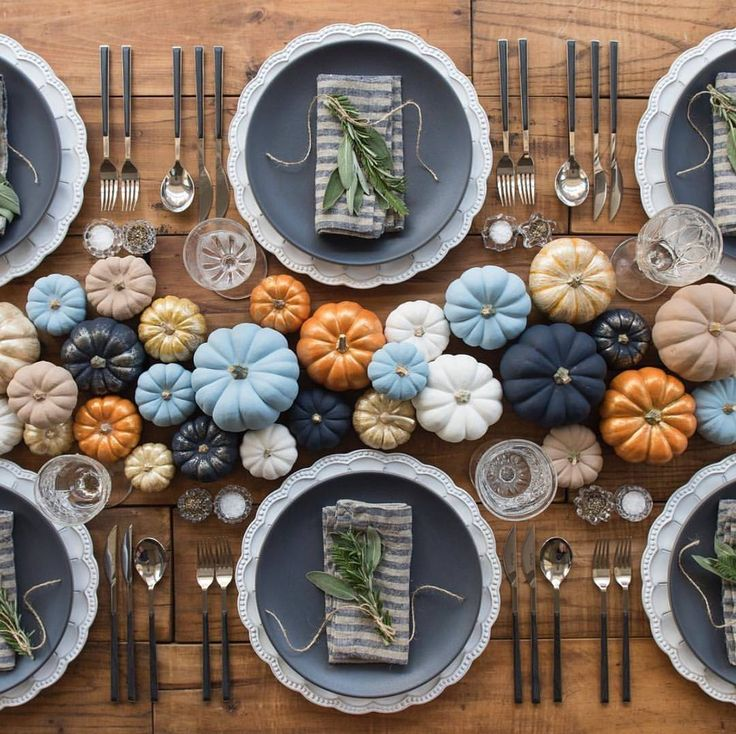 Beautiful colored pumpkin centerpiece tablescape idea for fall and Thanksgiving.  See this Instagram photo by @countrylivingmag • 77 likes