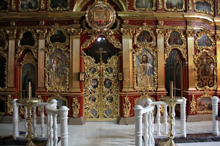 Крестовоздвиженский храм -