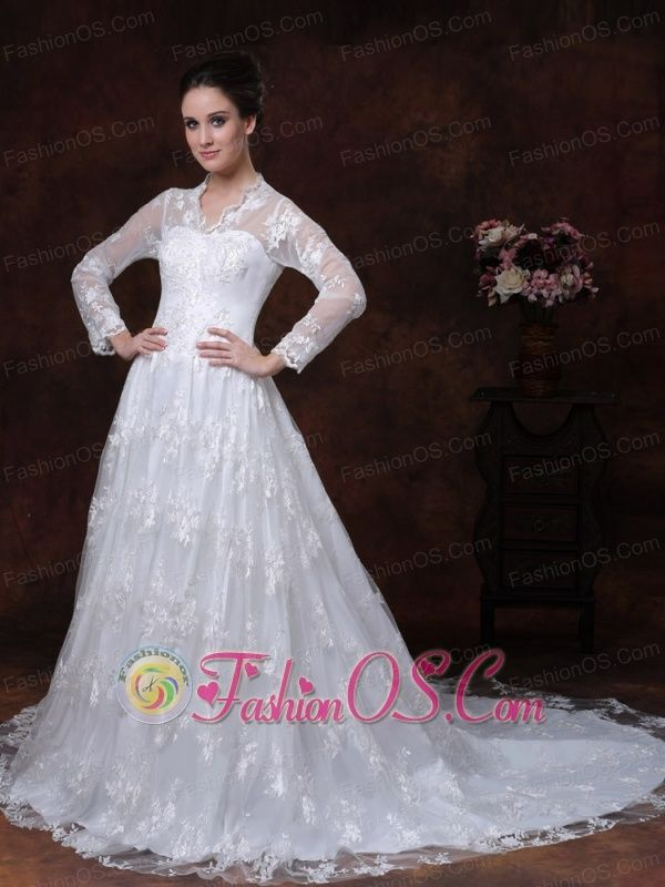 Lace A-Line / Princess V-neck Court Train Muslim Wedding Dress Long Sleeves Zipper-up  http://www.facebook.com/quinceaneradress.fashionos.us  www.fashionos.com