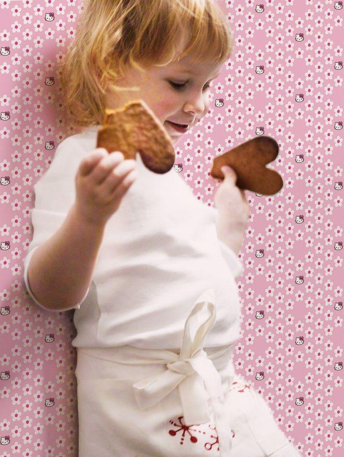 Papier peint Hello Kitty Pois Polka par Graham and Brown