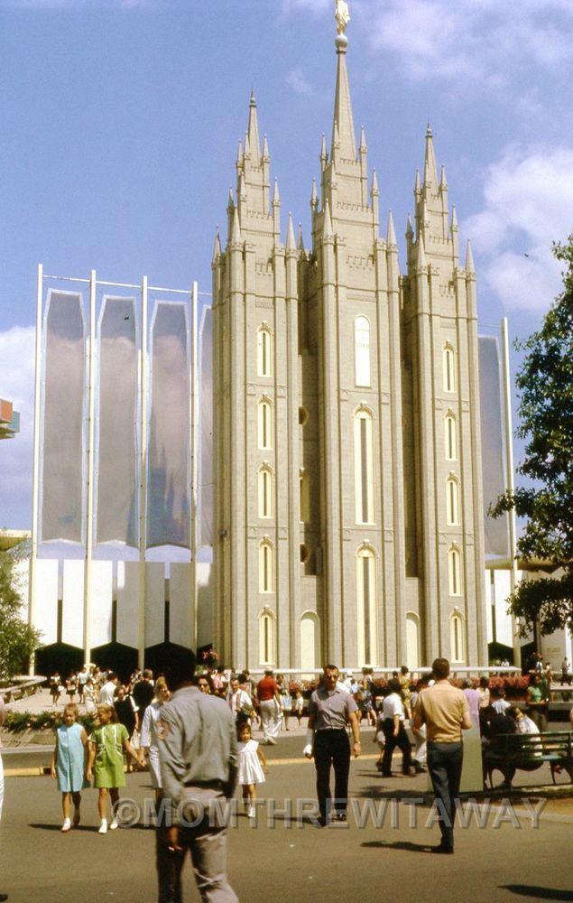 1964 COLOR SLIDE #108 New York NY World's Fair Mormon Pavilion View
