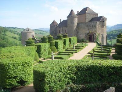 Jardins du chateau de berzelechatel guide touristique for Jardin val de saone