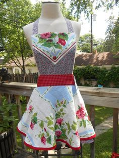 Vintage Tablecloth Apron Repurposed Upcycled by ArtyApronsAndSuch ...