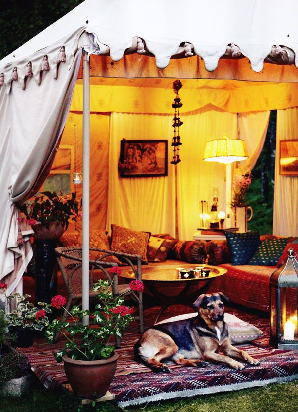 This gives me an idea for the Marque. Upscale camping ♥