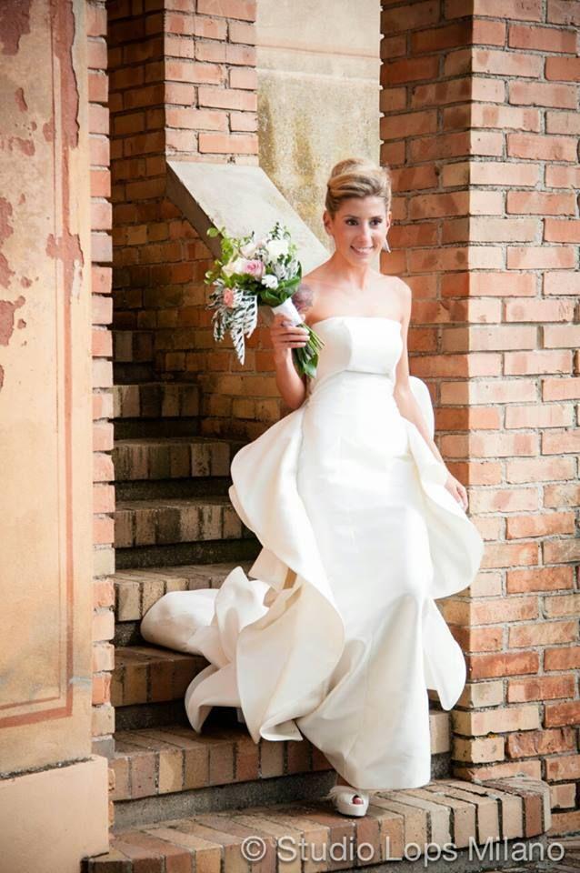 ボリュームたっぷり立体感♡イタリア最高級ブランドAntonio Rivaのドレスに感動♡にて紹介している画像