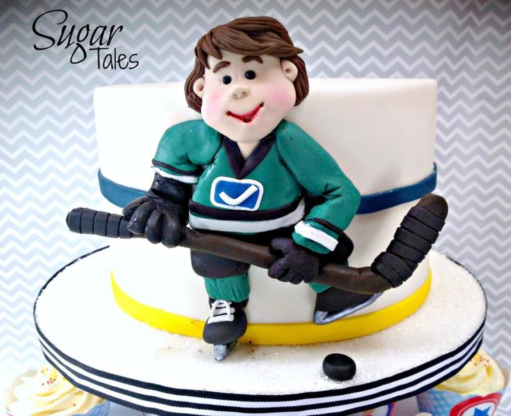 Hockey Player - Cake by Sugar Tales