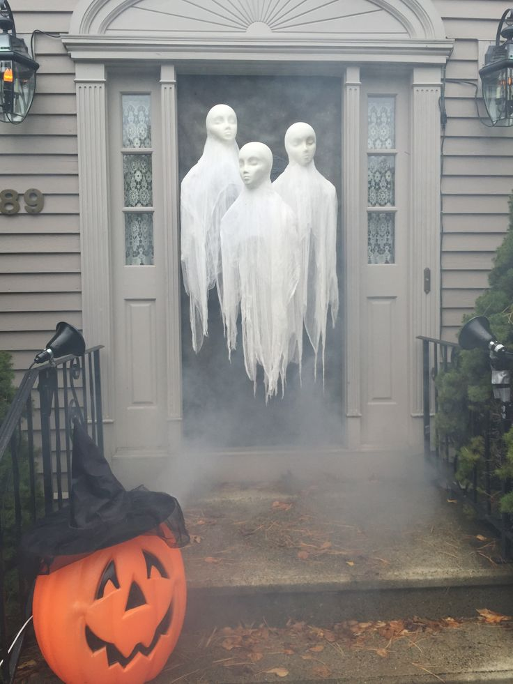 styrofoam heads and cheesecloth halloween yard decorationshalloween - Cheesecloth Halloween Decorations