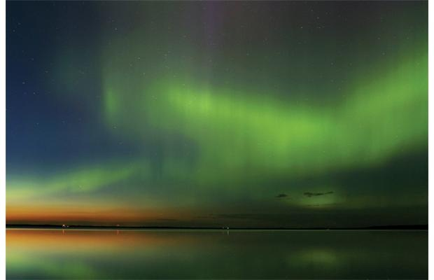 Aurora Borealis, Buffalo Lake: A grand spectacle from the North.