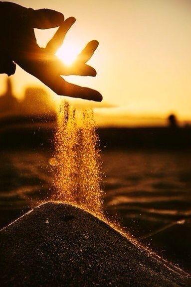 Золотой песок.