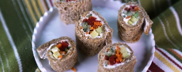 ... out your cream cheese sandwich with Daphne's delish faux-sushi bites
