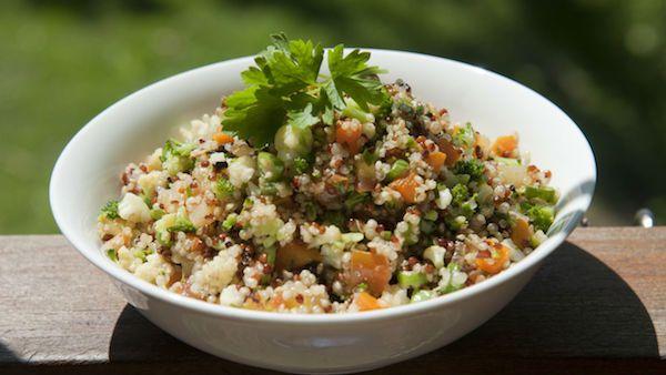 Que tal preparar um almoço que não engorda? Pois isso é possível e são deliciosos. Confira 3 receitas saborosas e fáceis de fazer em casa.