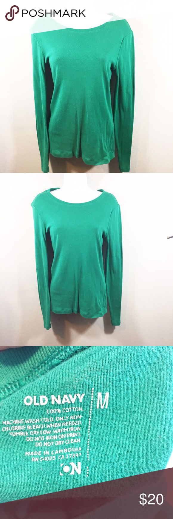 Old Navy Basic Green Long Sleeve Top A must have staple in any women's closet. Basic green long sleeve top. 100% cotton. Old Navy Tops Tees - Long Sleeve