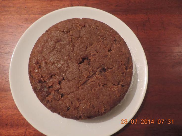"""Voici mon mkatsha """"good good""""! Ce gâteau comorien serait inspiré du pudding anglais... ou pas! Les anglais ont fait une tentative de colonisation des Comores au 19è siècle. Est-ce que ceci explique cela ? C'est un gâteau de riz caramélisé, une vrai merveille à consommer avec une bonne tasse de thé."""