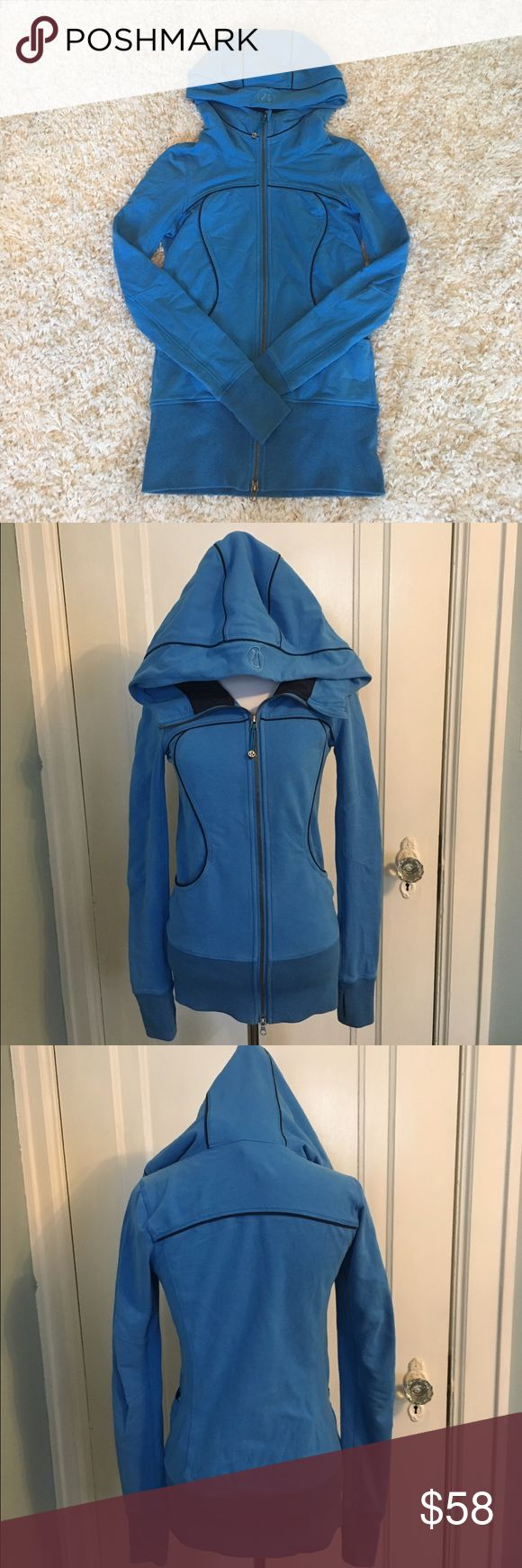 Lululemon hoodie Lululemon jacket / hoodie in excellent condition.  Not sure of the exact name.  Longer than a regular Scuba.  Comes from a smoke free home! lululemon athletica Tops Sweatshirts & Hoodies