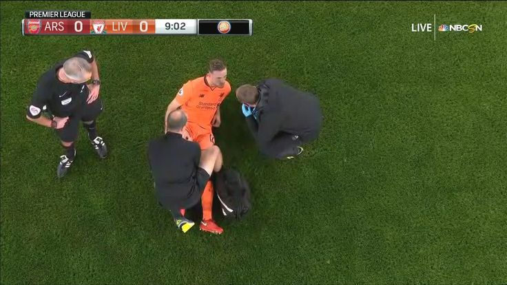 Liverpool lose Henderson early to leg injury