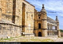 22 – Nicolás de Ovando, volvió a España en 1509, sucediéndole Diego Colón. Fue nombrado