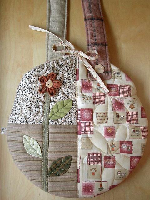 Round Flower Bag - back | Flickr : partage de photos !