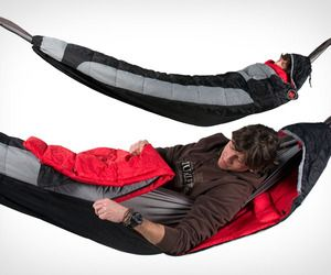 Hammock-Compatible Sleeping Bag Covers The Entire Hammock. Camp out will never be