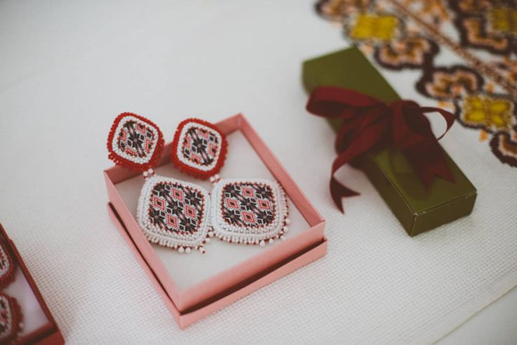 Cercei de nunta, Nunta Românească Modernă Inspirată din Tradiţie | http://platferma.ro/nunta-romaneasca-moderna-inspirata-din-traditie/