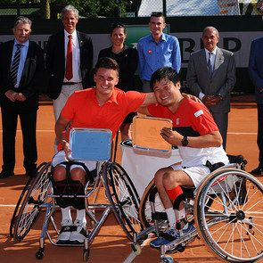 Men's WC Doubles.2015 men's wheelchair doubles champions Gordon Reid and Shingo Kunieda. Sunday 07 June 2015. © FFT
