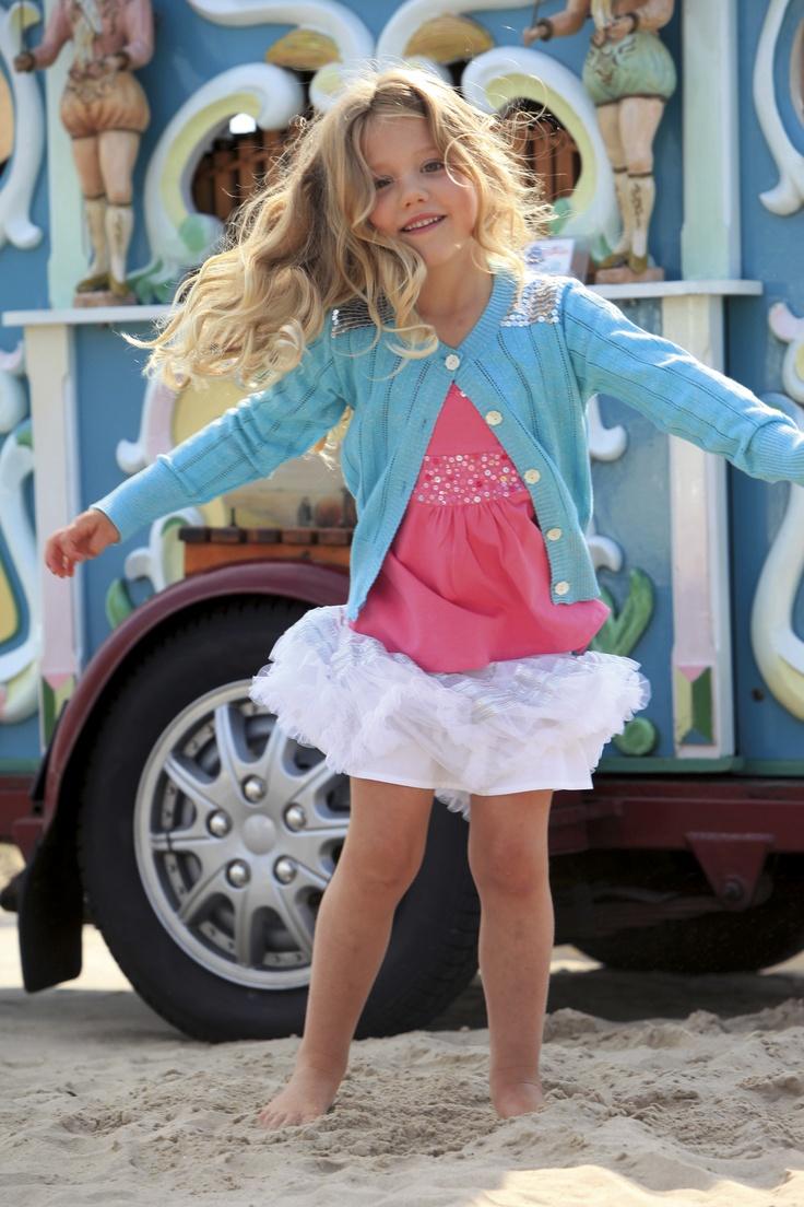 such a pretty girl! #mimpi #kidsclothes #kidsfashion #girlsfashion #ss2012 #skirt #pink #blue
