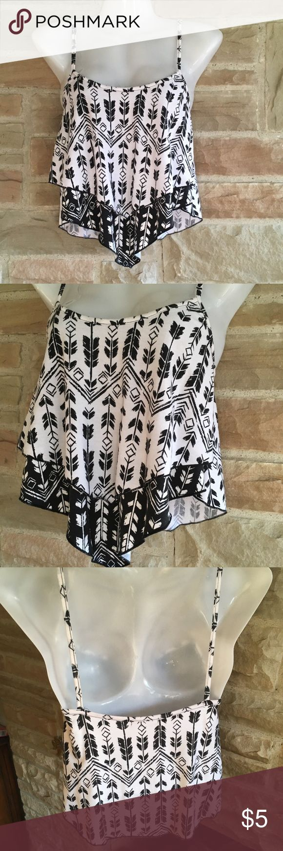 """👄 Charlotte Russe Tribal Bandana Crop Top S Bandana style Charlotte Russe crop top, size S. Straps are not adjustable. Pretty stretchy material. Used once!  Measurements (approximately!): bust-28"""", length-23""""  🎀Bundle discount of 20% on 2 or more items!  🎀Item will be packed and ready to ship with 24 hours of purchase Charlotte Russe Tops Crop Tops"""