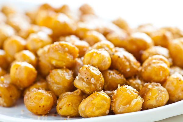 salty roasted chickpeas. great snack!