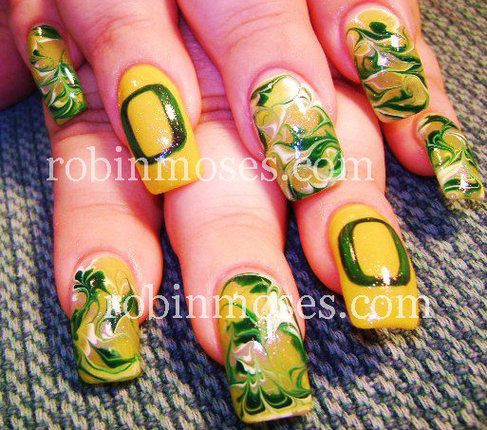 Oregon Duck nails by RobinMoses.com