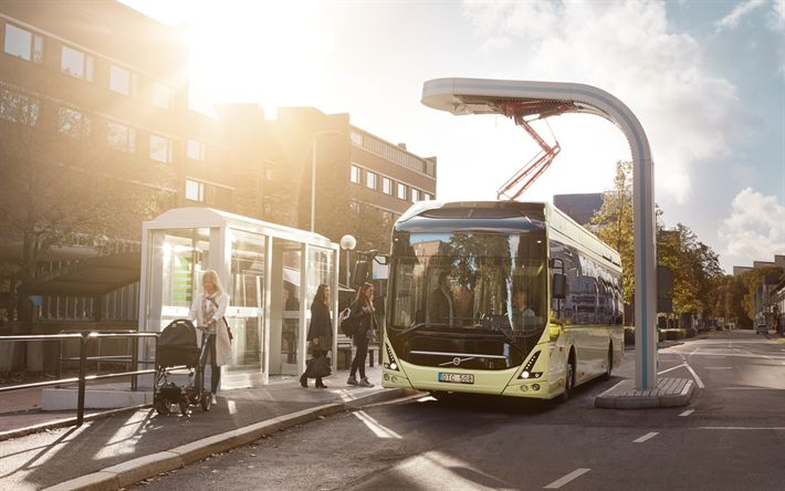 Download wallpapers electric bus, Volvo 7900 Electric, modern buses, bus stop, recharging, passenger transportation, Volvo