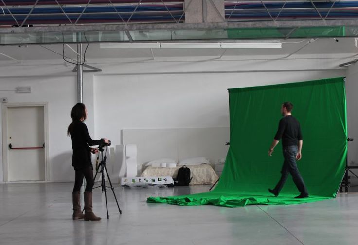 Behind the scenes with Andrea and Laura! #Chromakeying