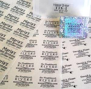 Cómo hacer etiquetas transparentes a prueba de agua | eHow en Español