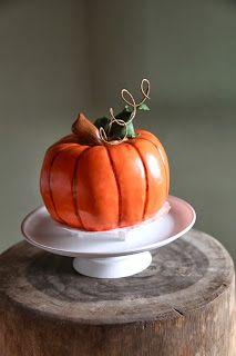 Torta a forma di zucca in pasta di zucchero, Pumpkin Cake