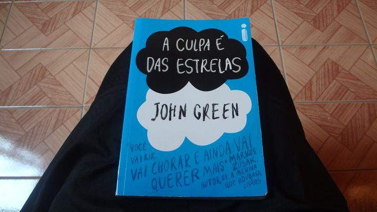 """Oi amorecos, vocês já devem ter lido o livro """"A CULPA É DAS ESTRELAS"""" e até mesmo visto o filme né =), bom se ainda não tem resenha do livro no blog   http://blogdapriihluccas.blogspot.com.br/2014/07/a-culpa-e-das-estrelas-john-green.html"""