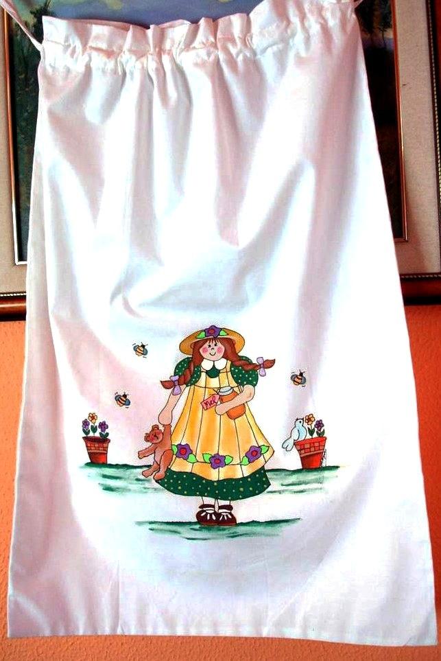 Bolsa multiusos en algodón 100% pintada con pincel. Diseños exclusivos y pinturas holandesas libres de toxicidad. Resistente a los lavados, aunque se recomiendo lavarla a mano para un mayor rendimiento.......