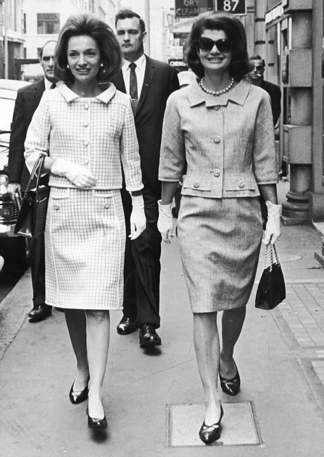 The revelation that Jackie (right), a multi-millionairess, had left nothing to her sister ...