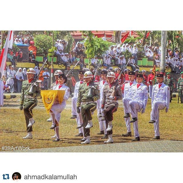 #Repost @ahmadkalamullah.  2Nd Photo Of The Day  #independentday #dirgahayu70 #republikindonesia #indonesia #nkri #nation #flag #ceremony #paskibraka #purnapaskibraka #paskib #landscape #hdr #hdrphoto #masihindonesia #sky #cloud #bluesky #natgeo #instagood #wajo #sengkang #instagram #39ArtWork by wajo_epic